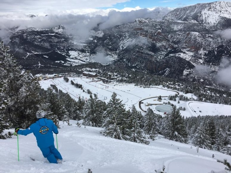 Snow racetrack