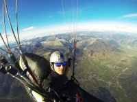 Overflying the peaks in a paraglide