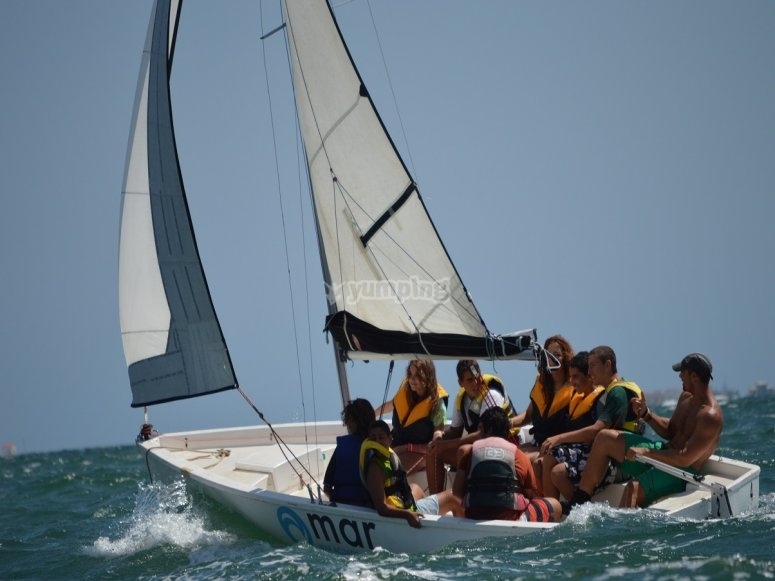 Learn to navigate on sail
