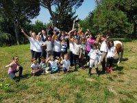 Naturaleza y amistad en el campamento hípico en Arteixo