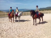 Learning to ride a horse in Monte Ezcaba