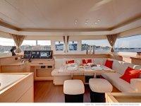 Interior catamarán