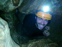 Attraversamento della grotta