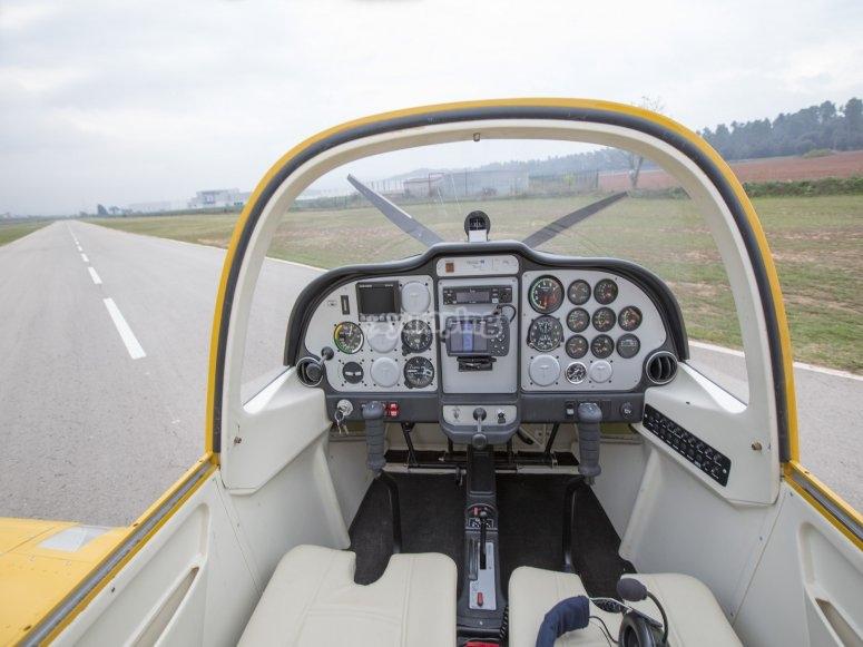 Cabina de la avioneta