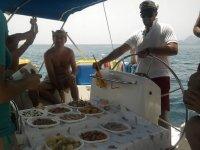 船上的食物