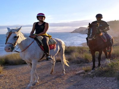 Horse riding tour Villajoyosa + snack 40 min