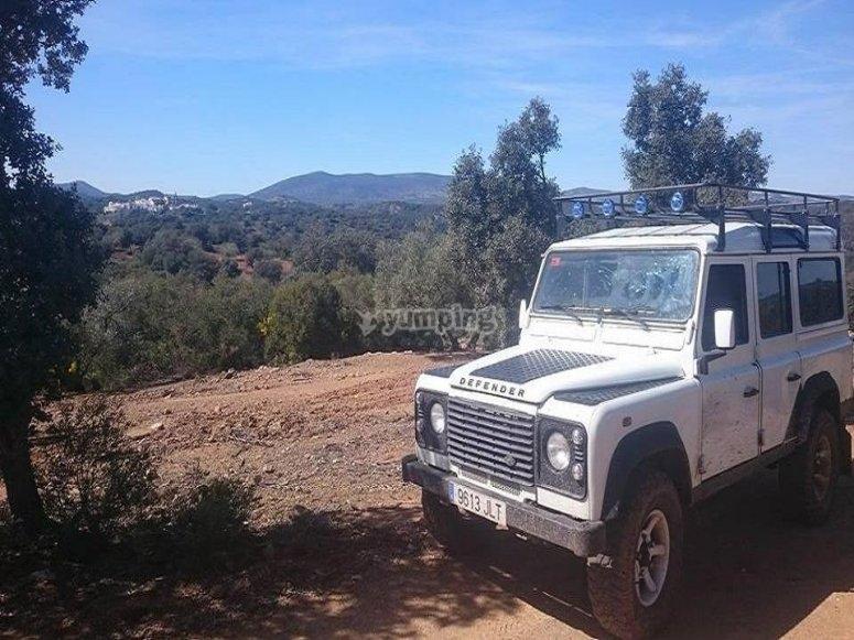 Attraversamento guidato in jeep attraverso la Sierra de las Nieves