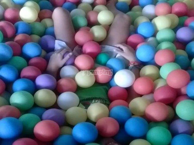 enterrado en bolas