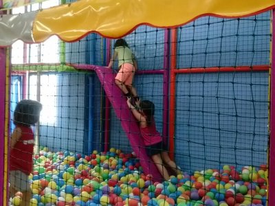 1-hour children playground Tortosa offer