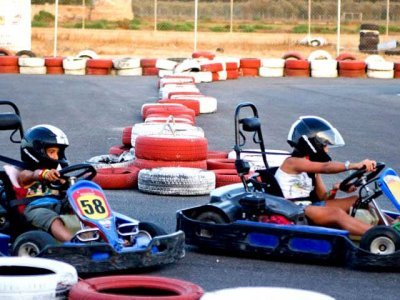 Carrera karts Cartagena 8 minutos