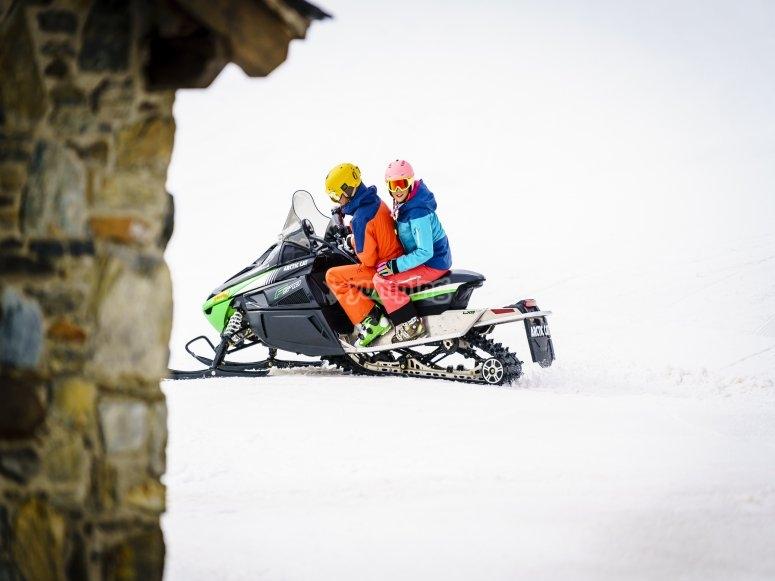 Partiendo con las motos de nieve