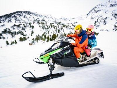 Moto de nieve individual Ordino-Arcalis 1 hora