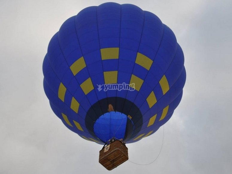 Private flight on a balloon
