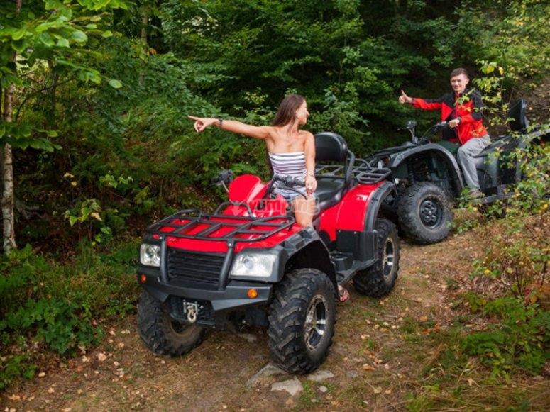 Disfrutando de una ruta en quad