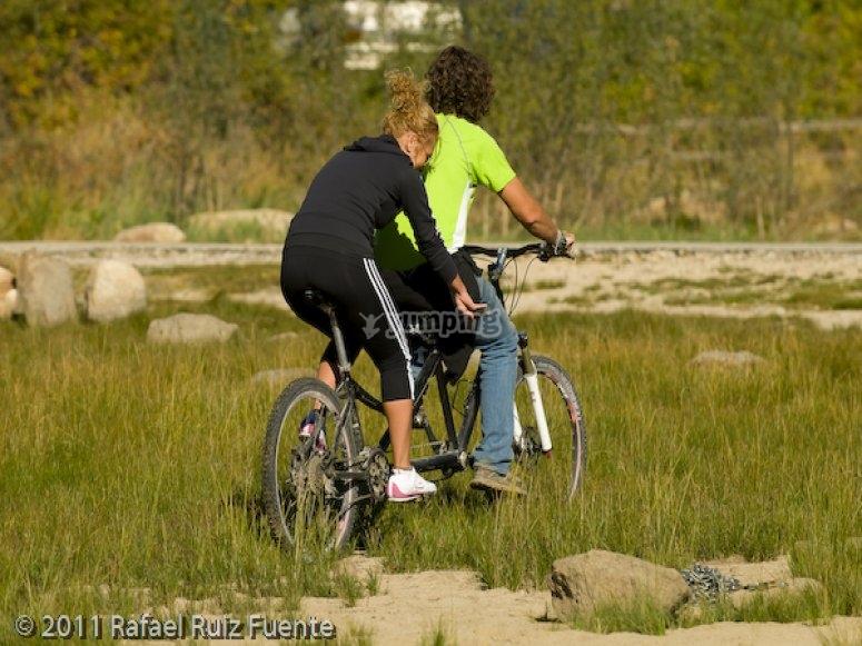 Ruta en bicicleta de montana