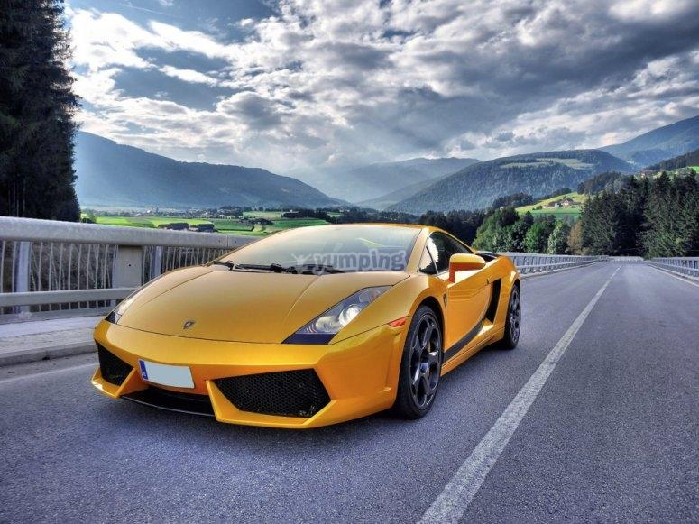 Pilot a Lamborghini