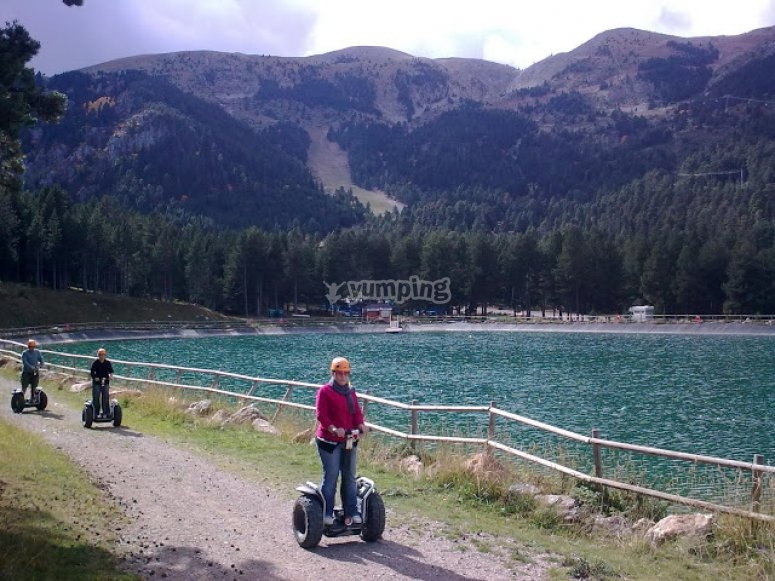 por el lago