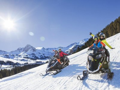 Mushing ride 1.24mi and snowmobile in Andorra
