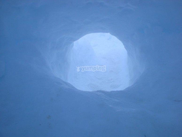 Vista dall'interno dell'iglu