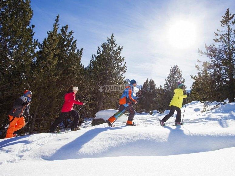 Raquetas de nieve en Grandvalira
