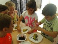 Platos con fruta