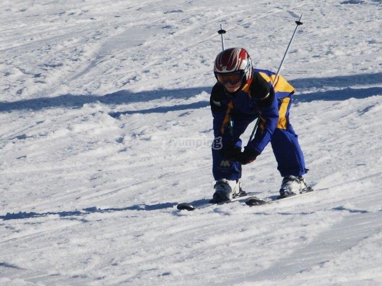 aprendiendo a esquiar en jaca