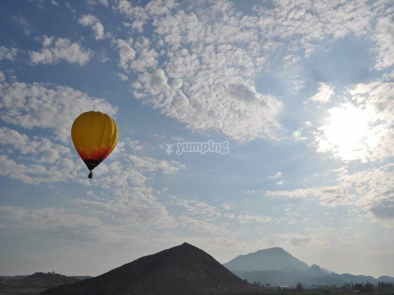 Volo sopra le montagne