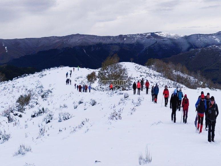 Tour con raquetas de nieve Valdezcaray