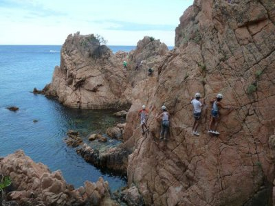 Via Ferrata Cala Moli海边2小时中等水平