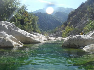 Barranquismo familiar Sierra de Guara verano
