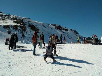 Aprender a esquiar en Sierra Nevada con material