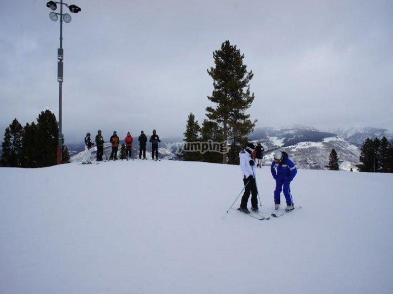 clases de esqui Valdesqui