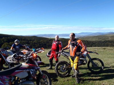 Enduro routes and housing service weekend