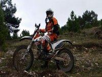 Alquiler moto enduro Burgos todo el día
