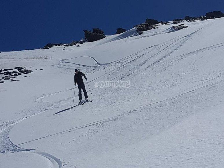 bajando por las laderas