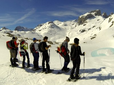 Snowshoeing route and spa Cantabria