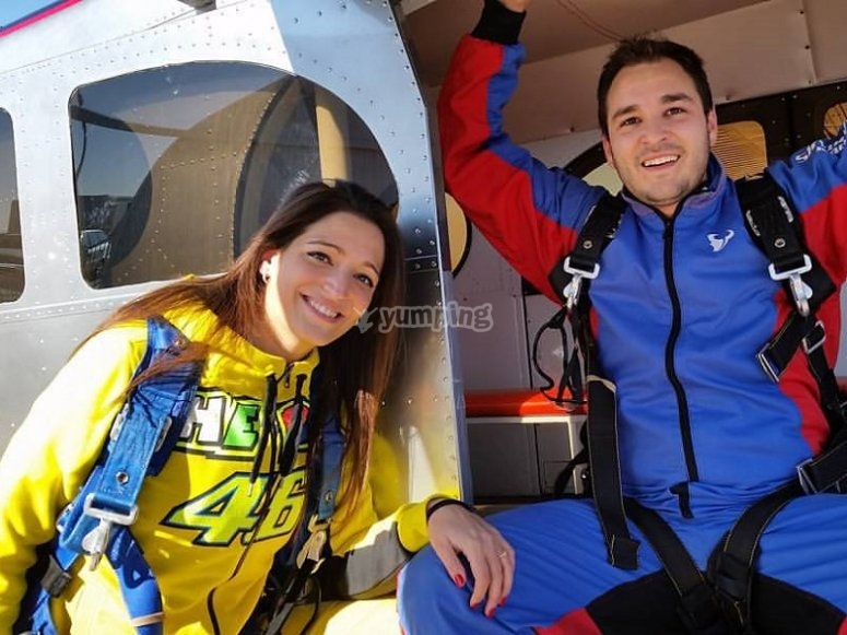 Prepared to jump with parachutes near Madrid
