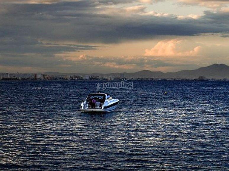 paseo en barco mar