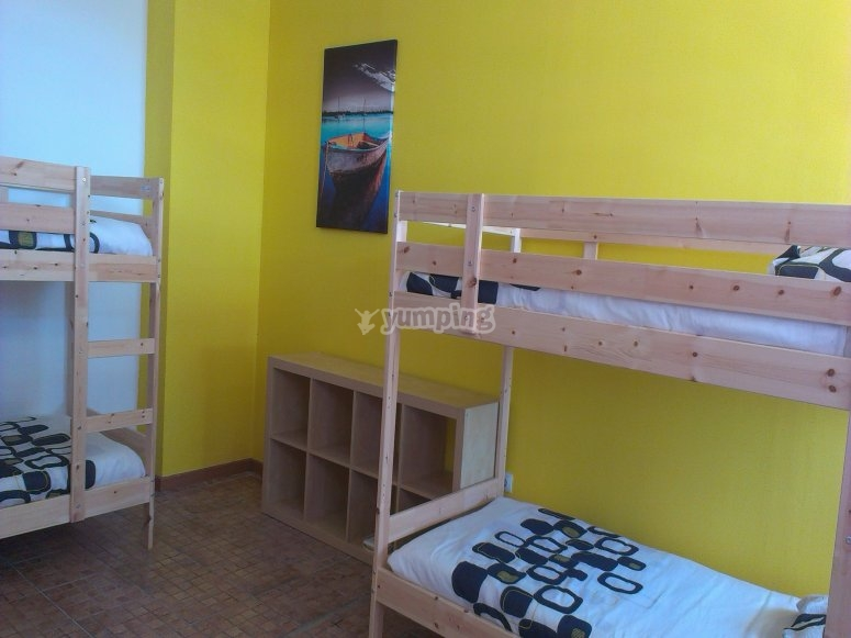 Una de las habitaciones en Sea Hostel Dive Alive