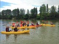 Con los amigos en los kayaks