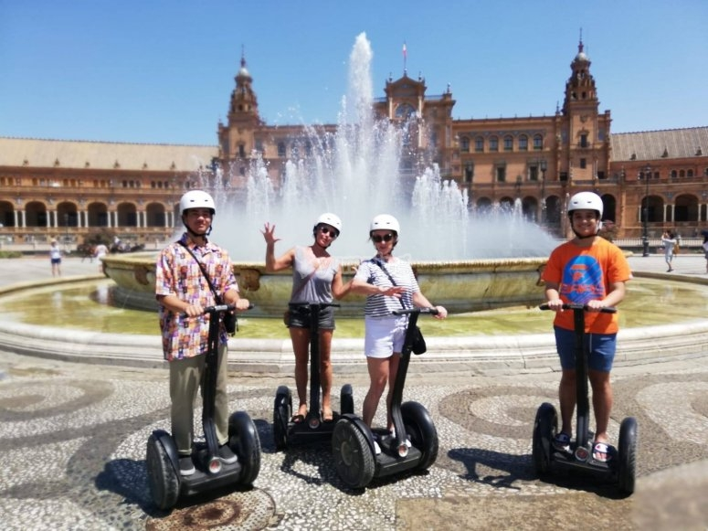 Segway ride through Seville with your family
