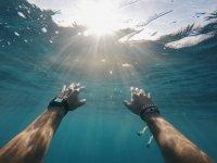 Buceando hacia la superficie