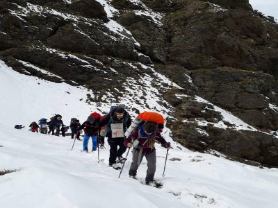 Ruta con raquetas de nieve en Sierra Nevada 3-5 h