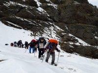 Descubre Sierra Nevada en raquetas de nieve