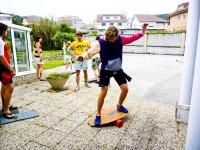 Practicando el equilibiro en la balance board