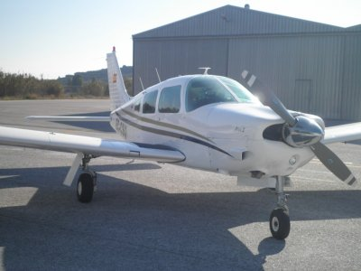 Pilot a light Aircraft for 2 people Malaga 40 min