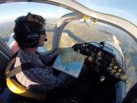 Piloto por un día en Sevilla con fotos y regalo 1h