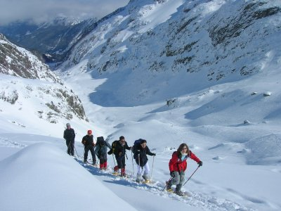 Snow rackets in Gredos, dinner and accommodation