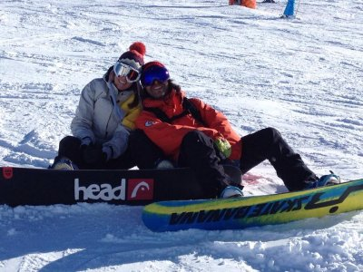 Clase en exclusiva de snowboard 1h Baqueira Beret