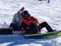 随着滑雪板